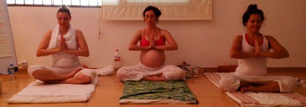 yoga-prenatal-yoga-doula