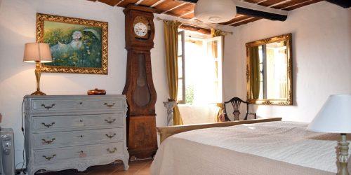 La-Gardette_Bedroom-Master-2